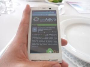 Hands on Xpreria x10 300x224 Nueva gama de celulares Sony Ericsson Xperia