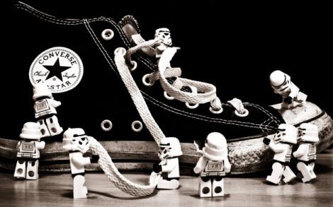 Increibles wallpapers de Lego - converse-lego-wallpaper