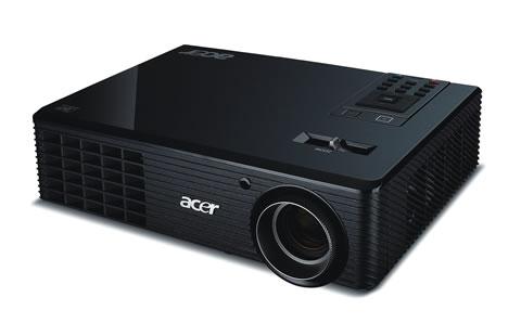Proyectores Acer con tecnología 3D - X1261-02