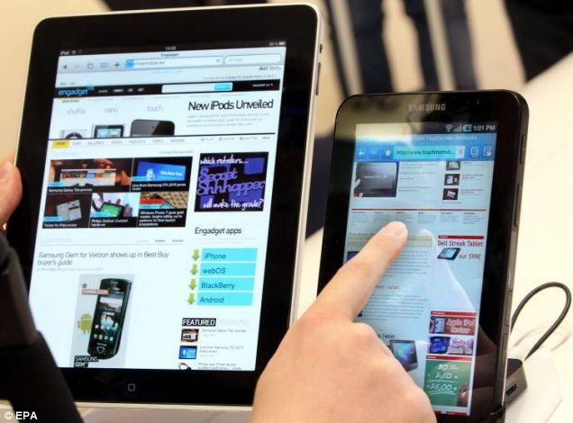 Comparativo entre las tablets y el por qué ya no es relevante - tablet-fight-android-samsung-galaxy-tab-vs-apple-ipad_1