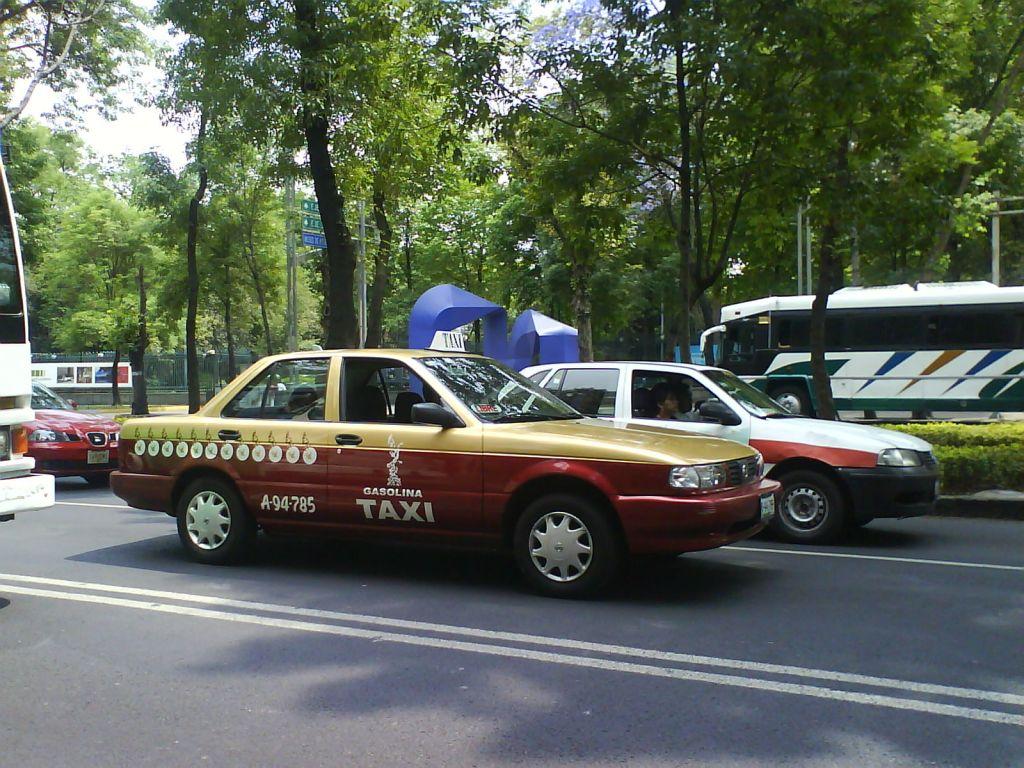 22 nov taxidf Taxis del DF tendrán aplicación similar a Uber