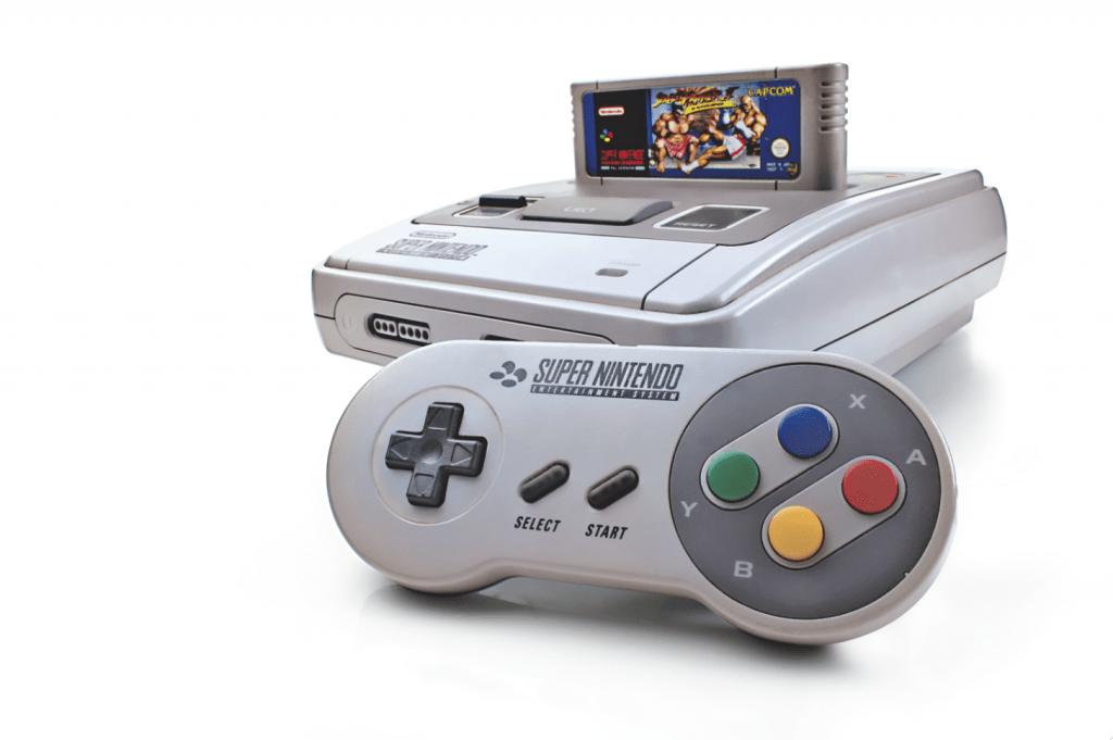 Super Nintendo ha sido mantenido encendido por 20 años sin parar - snes-pad