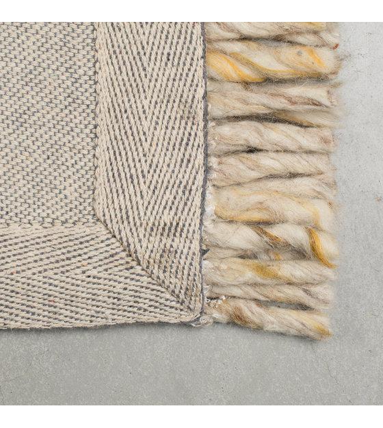 zuiver tapis a volants laine beige jaune 170x240cm