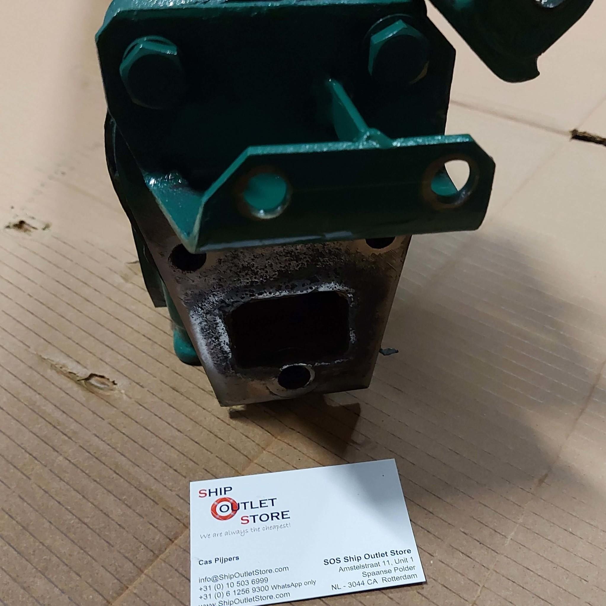 volvo penta exhaust manifold volvo penta 817581