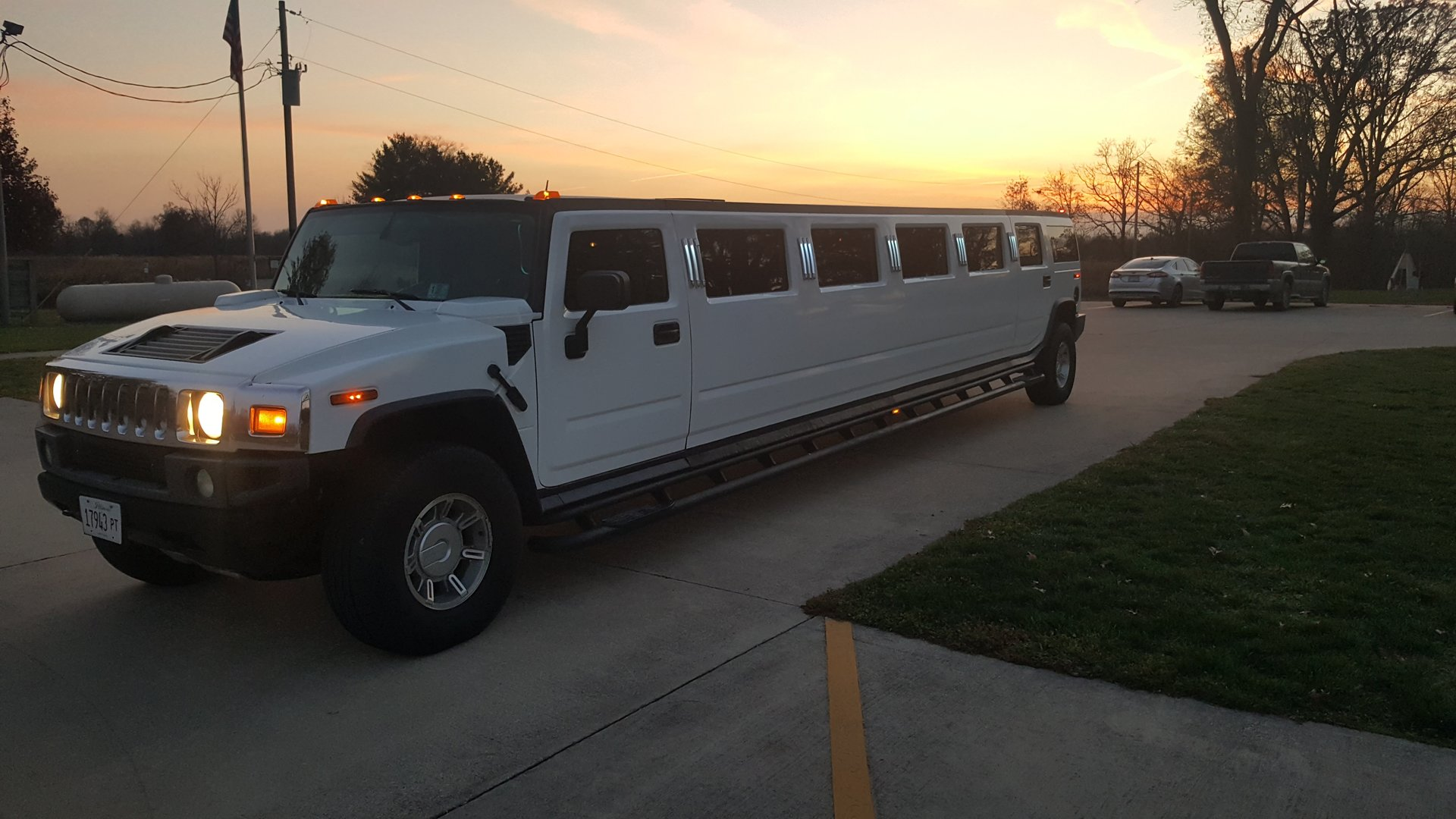 Limousine Services Hummer Limo Services