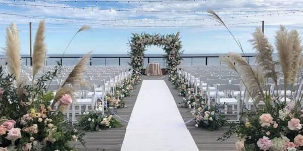 Gurneys Montauk Resort and Seawater Spa Weddings Get