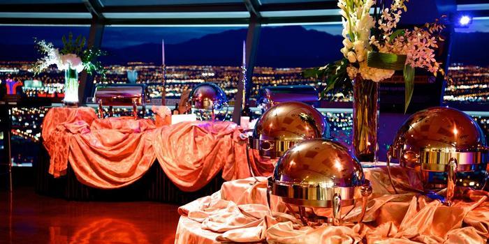 Vegas Weddings Stratosphere