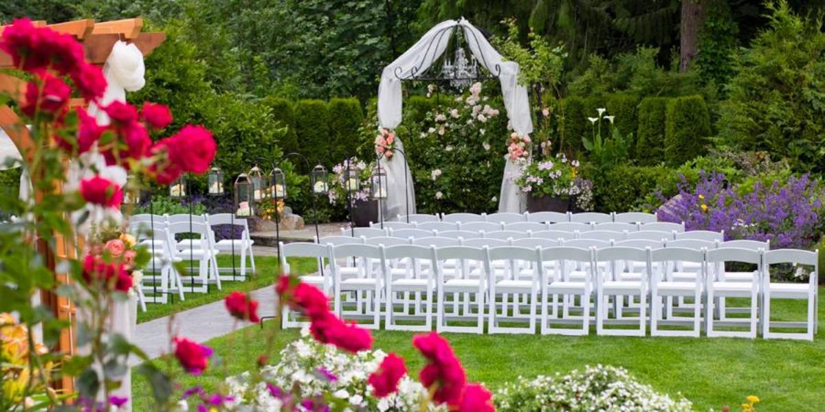 Wild Rose Weddings @ Arlington WA Provided by: Wild Rose Weddings