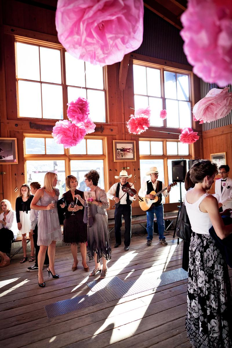 Mammoth Mountain Sundecks Mill Caf 233 And Mccoy Station Weddings Get Prices For Wedding