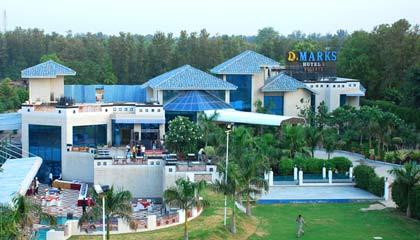 Luxury Resorts on NH8, New Delhi