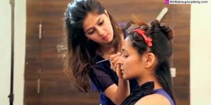 Priyanka Arora Makeup Artist