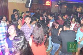 Retro Friday Feat DJ Akash Rohira