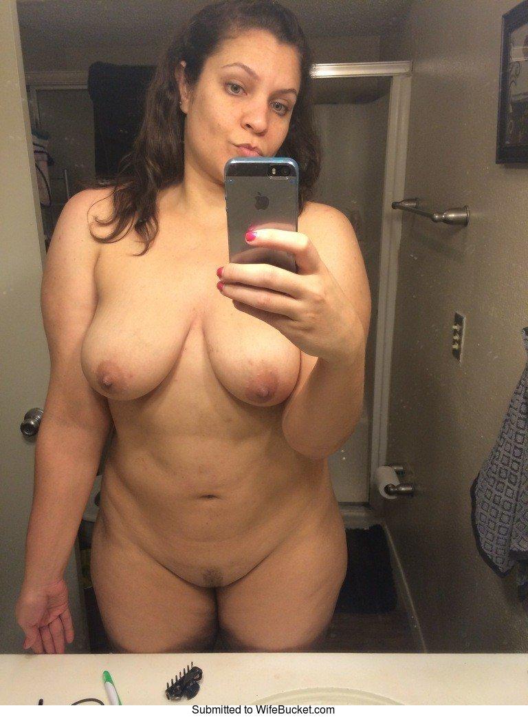 Wifebucket Pics Amateur Wife Mirror Selfie