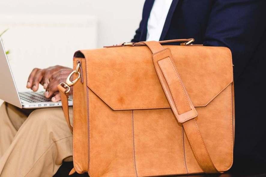 13 best business travel laptop bags