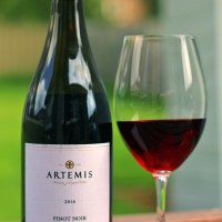 Review:  Artemis- Pinot Noir (2014)