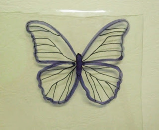 Butterfly-Made-with-Plastic-Bottles-06