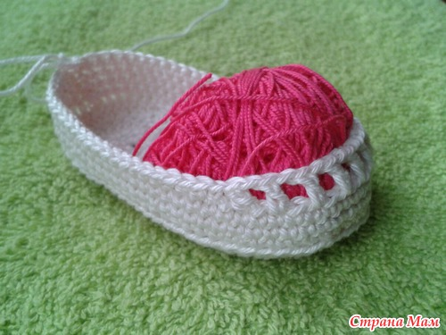 Crochet ribbon tie Baby Shoes06