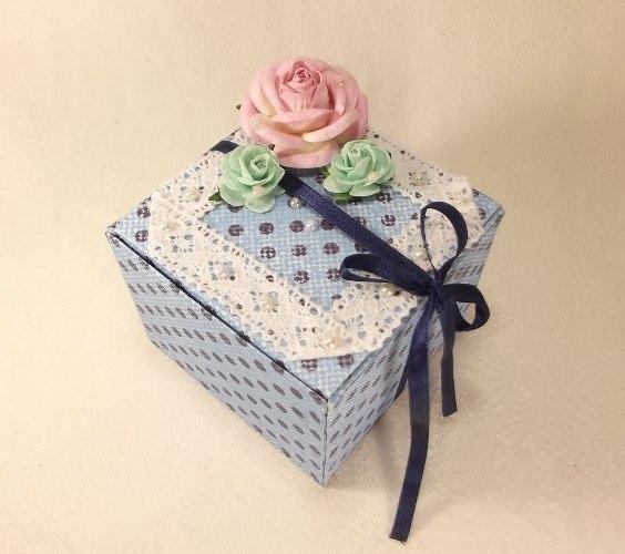 Gift-box01