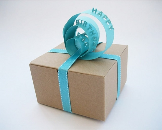 paper-sign-gift-topper