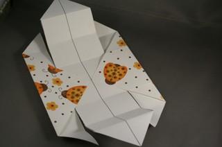 DIY-Paper-origami-gift-box08