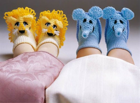 Animal-Slippers-wonderfuldiy3