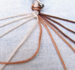 How-to-Weave-DIY-Simple-Bracelet-3