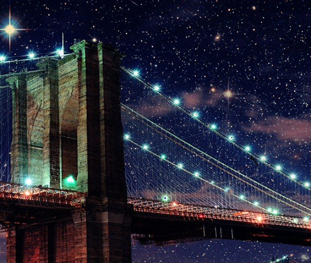 Brooklyn Bridge Park Lights Up The Nights Sky With High Tech Interactive And Stargazing Activities Step Up To A Telescope For An Up Close Look At The Moon