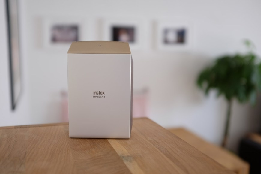 fujifilm-smartphone-printer-instax-share-sp-2-worldtravlr-net-7