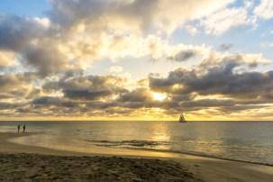 ... mit ebenso wundervollen Sonnenuntergängen