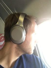 SONY MDR-1000X im Flugzeug