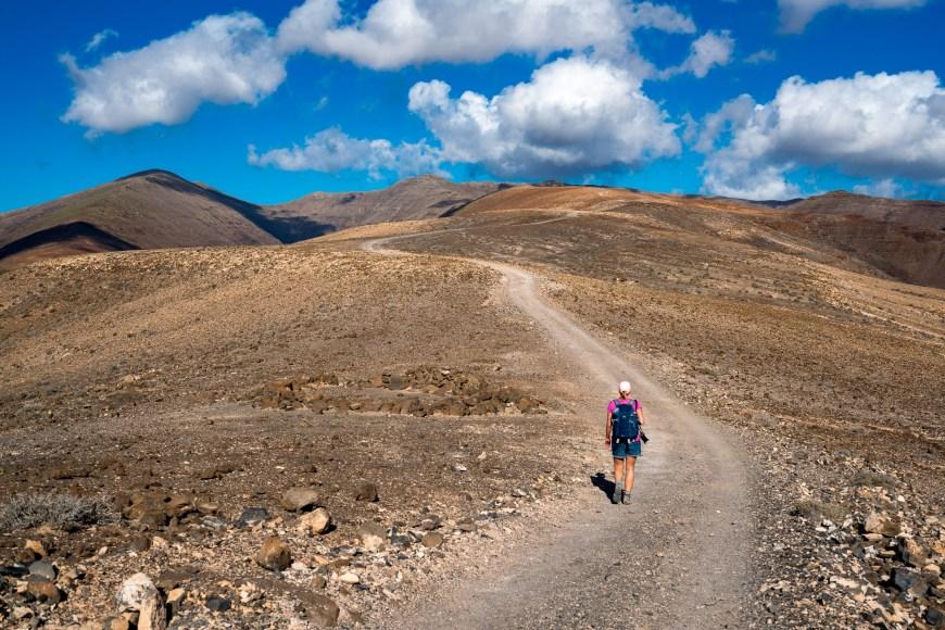 Lange Geradeausstrecke auf dem PR FV 54 zum Pico de Jandia