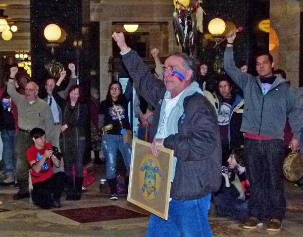 Indians voice opposition to mining bill - Wisconsin Radio ...