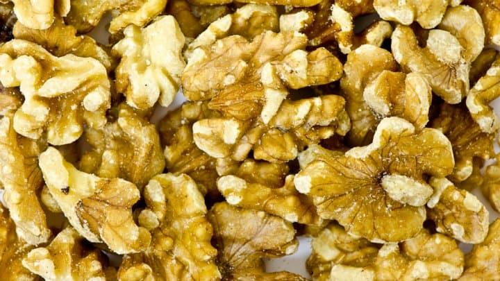 Walnuts and Popcorn: Priorities During This Christmas Season