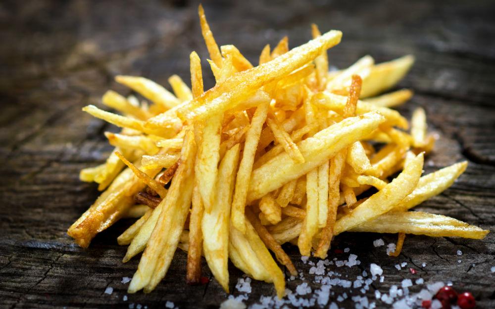 https://yemek.com/tarif/patates-kizartmasi/   Patates Kızartması Tarifi