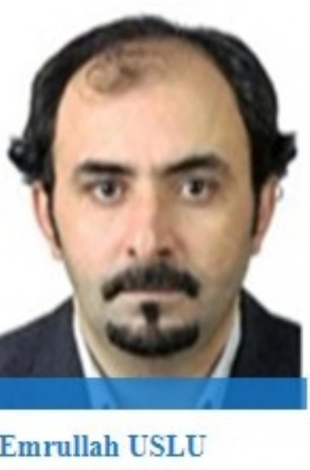 Foto - Rütbesi alınan eski Emniyet Genel Müdürlüğü personeli olan Emrullah Uslu, basında kendini Emre Uslu diye tanıtıyor. ABD'de yaşayan Uslu,