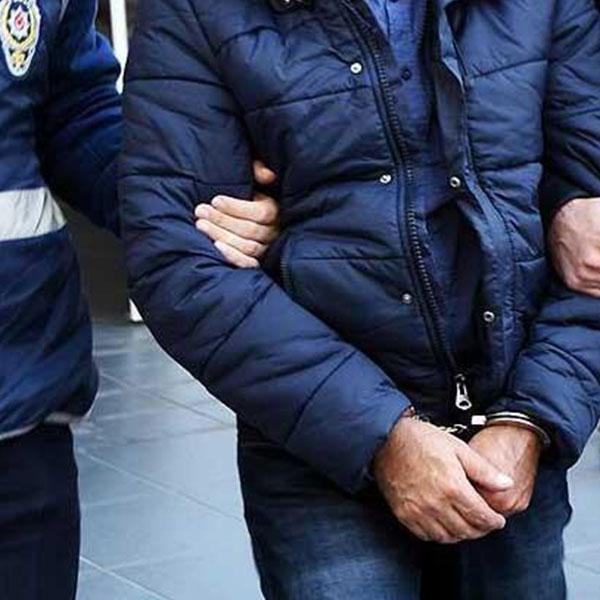Foto - İstanbul İl Jandarma Komutanlığı'nın H.D.'nin ailesi ve yakınlarıyla yaptığı ikna çalışmaları neticesinde, Suriye'de PYD/YPG terör örgütünde faaliyet gösteren H.D.nin 10 Mart 2020 tarihinde örgütten kaçarak İstanbul İl Jandarma kuvvetlerine teslim olmasını sağladı.