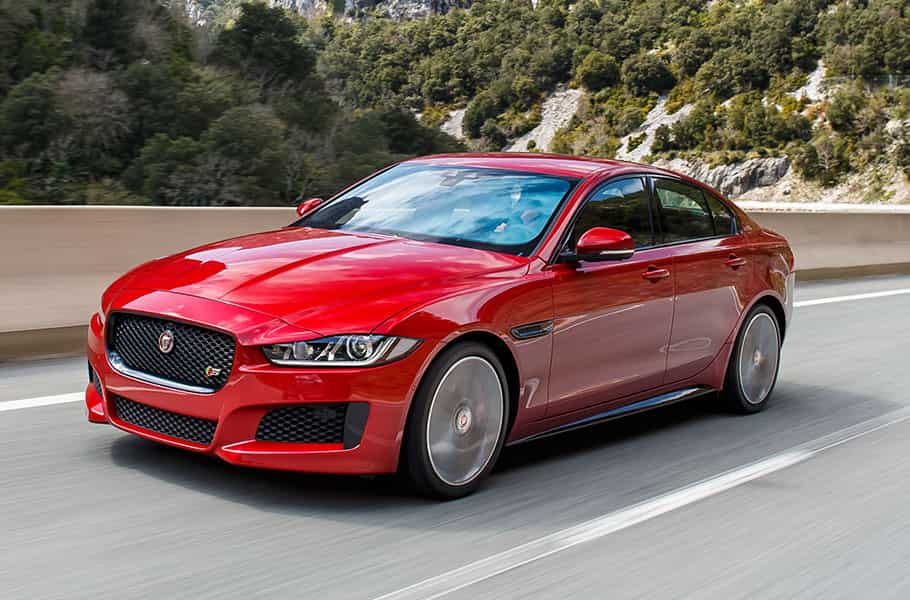The auto editors of consumer guide italian automaker fiat had been est. Jlr Launches Jaguar Xe Diesel In India Priced At Rs 38 25 Lakh Zee Business