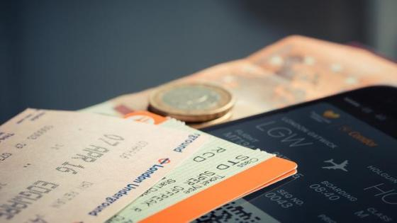 Ilustrasi tiket pesawat.  (dok. StockSnap / Pixabay / Tri Ayu Lutfiani)