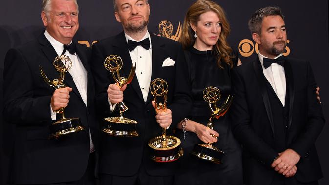 Emmy Awards diselenggarakan pada 17 September 2017. Black Mirror pun menjadi pemenang dalam kategori TV movie. (MARK RALSTON / AFP)