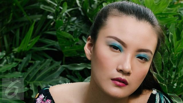 Beauty Guide: Wajib Coba, Color Eye Makeup yang Fun