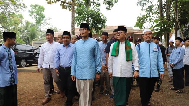 Zulkifli Hasan Ajak Sandiaga Uno Temui Tokoh Utama Aksi 212 di Ciamis