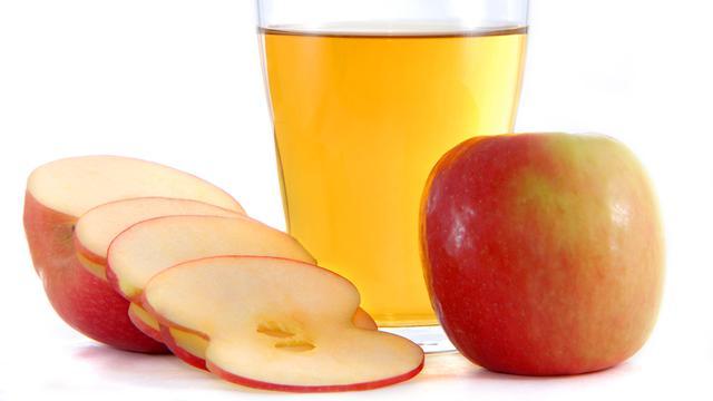 Masker cuka apel, baking soda, dan tomat