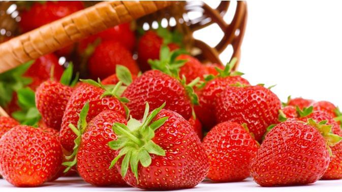 Segarnya Manfaat Sehat Jus Strawberry Beauty Fimela Com