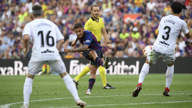FOTO: 10 Gol Tercipta, Barcelona Berpesta Taklukkan Huesca