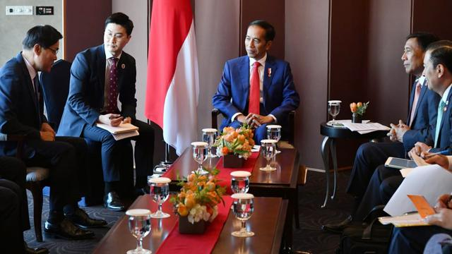 Jokowi Temui 4 Bos Perusahaan di Korea Selatan