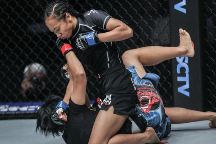 """Dwi Ani akan berhadapan dengan petarung Vietnam, Bi """"Killer Bee"""" Nguyen di ONE Championship: Roots of Honor. (ONE Championship)"""