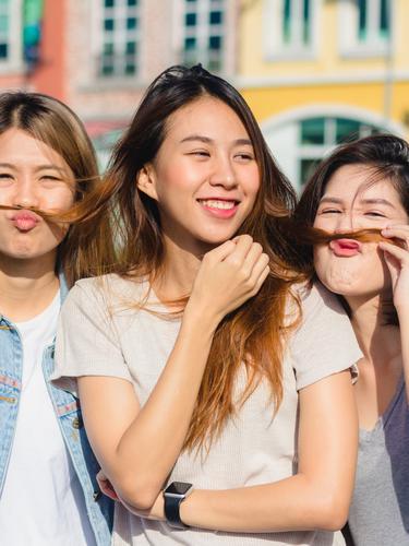 8 Tanda Orang Orang Di Sekitarmu Adalah Teman Palsu Lifestyle