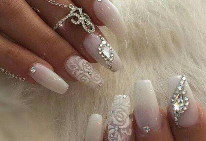 Uñas Con Cristales Swarovsky Foro Belleza Bodascommx Página 2