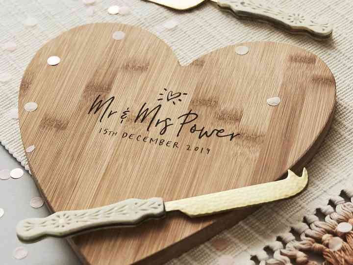 The Best 21st Wedding Anniversary Gift Ideas Hitched Co Uk