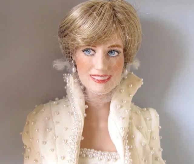 Franklin Mint Princess Diana Doll In Elvis Dress With Tiara And Accessories Nib